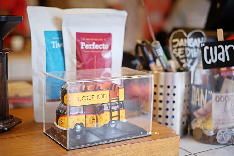 Miniatur bus film Filkop