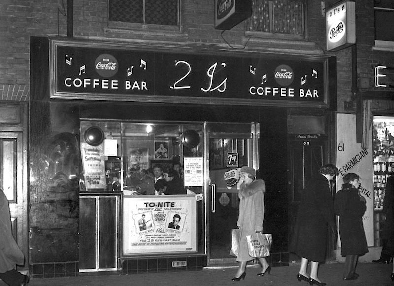 Gambar Kedai Kopi Hitam Putih Evolusi Kedai Kopi Majalah Otten Coffee