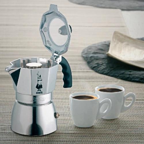 Brikka memiliki pressure valve di katup atas sehingga membuat kopi terasa lebih strong.