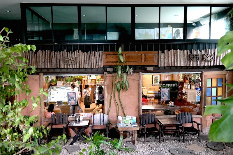 Interior Doi Chaang didominasi kayu