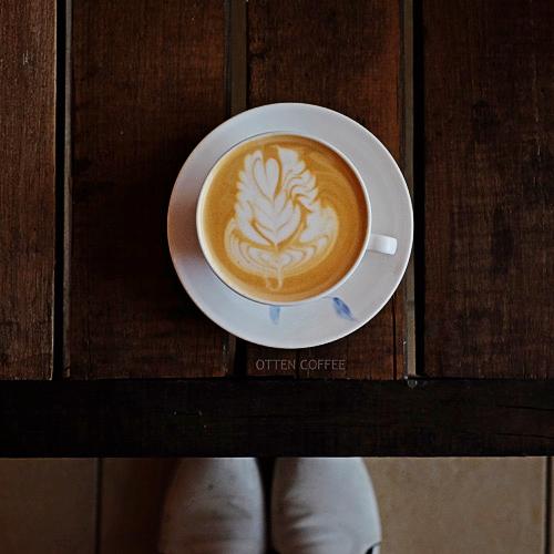 Cappuccino pesanan saya. Latte art-nya cakep.