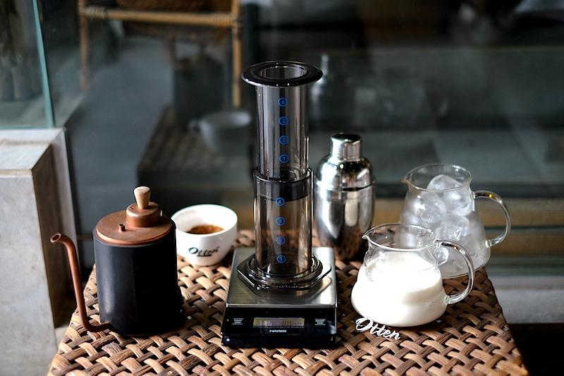 Yang kamu butuhkan untuk membuat Aeropress Iced Latte