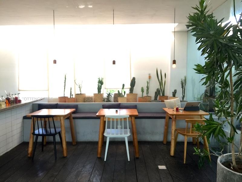 Sudut nyaman di Buro Concept Store & Coffee.