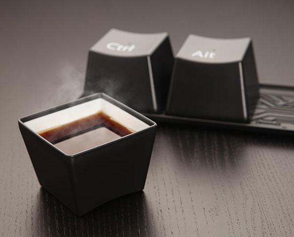 cangkir-kopi-unik-kreatif
