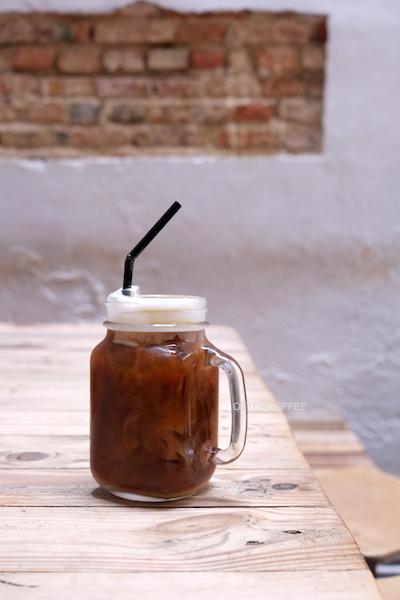 Iced cappuccino yang berhasil sejukkan siang