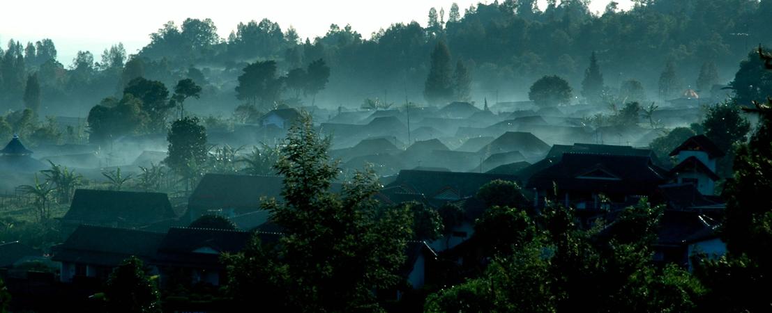 Udara Salatiga yang sejuk menjadi faktor pendukung yang membuat ngopi lebih asyik.
