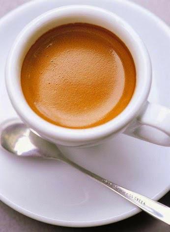 Espresso, dengan crema yang seksi. :))