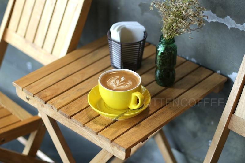 haka-coffee-hanoi-vietnam